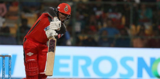RCB sell Quinton de Kock to Mumbai in Next IPL